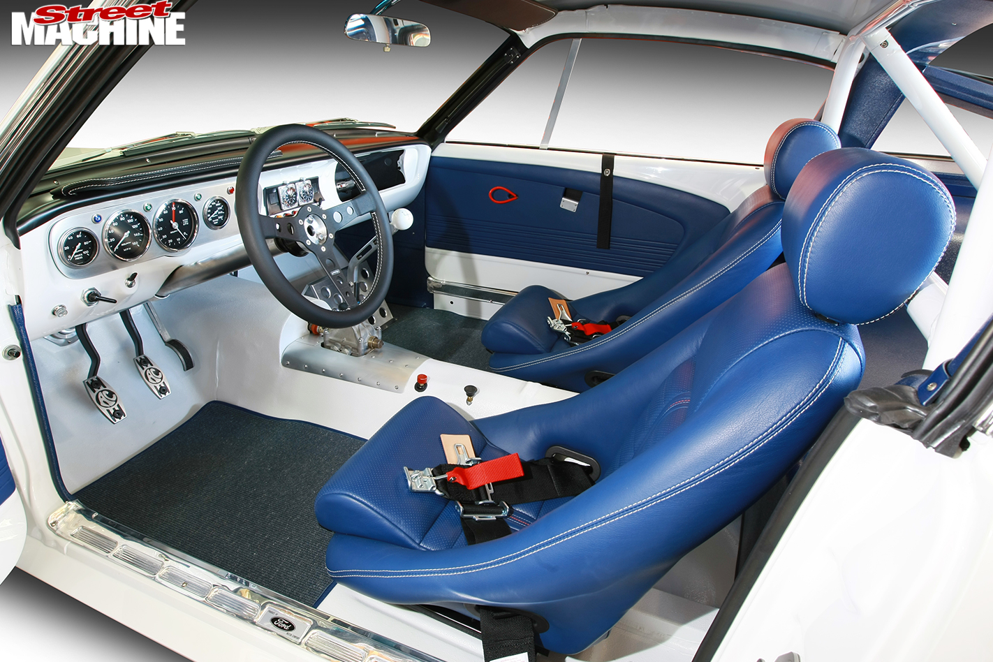 Mustang -interior -front