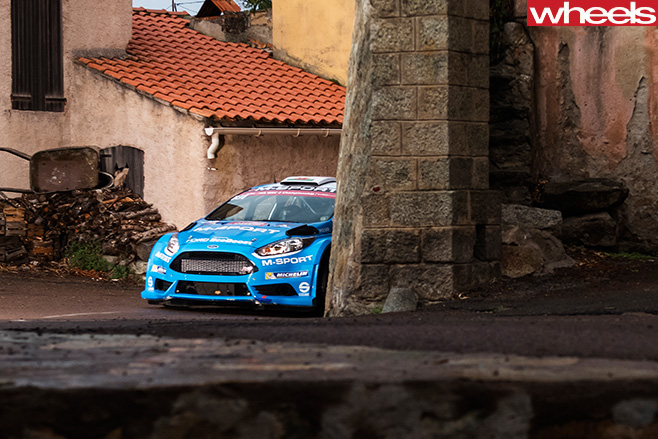 Ford -Focus -RS-rally -car