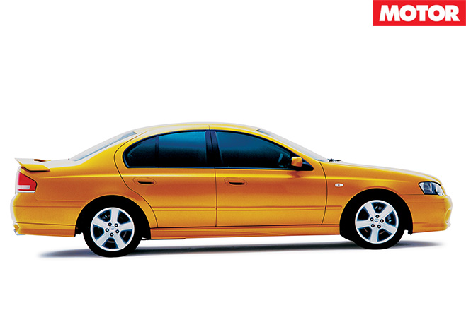 Archive AU Falcon XR8 side