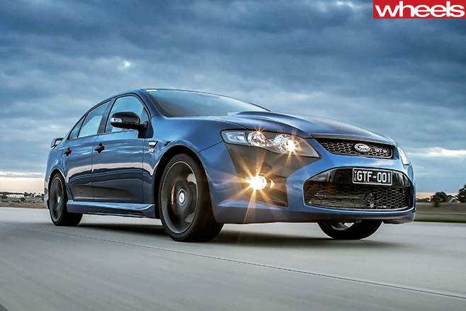 2014-Ford -Falcon -GT-F-driving -front