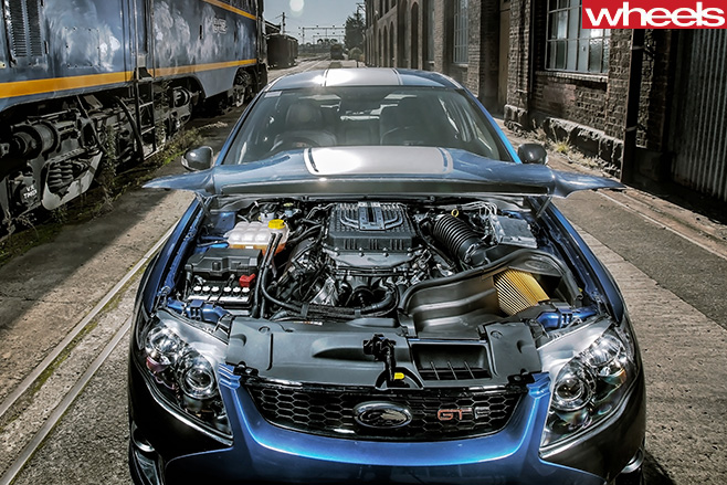 2014-Ford -Falcon -GT-F-engine