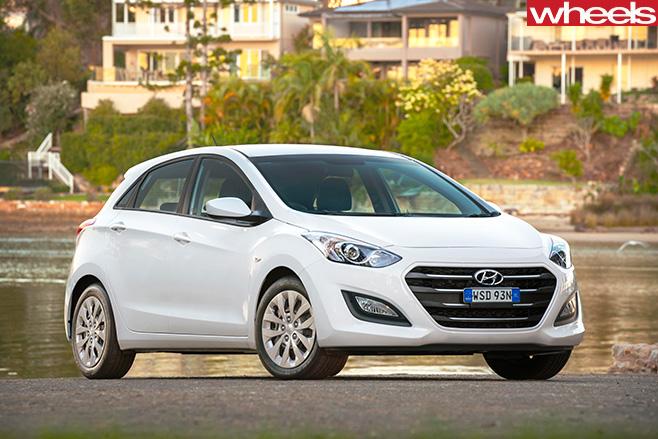 Hyundai -i 30-front