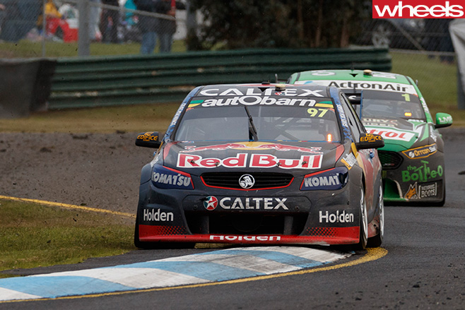 V8-supercars -driving -front