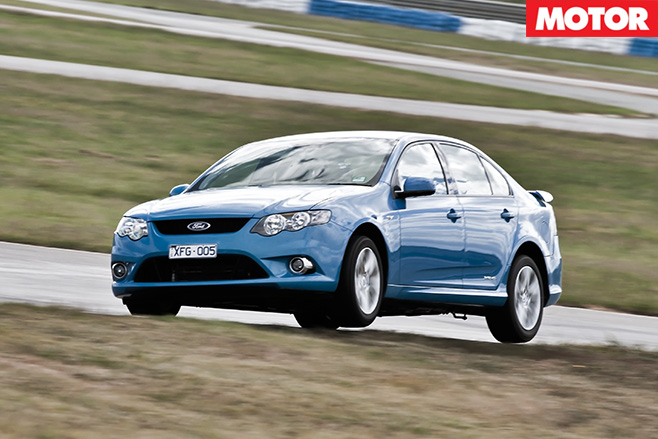 Falcon xr6 driving