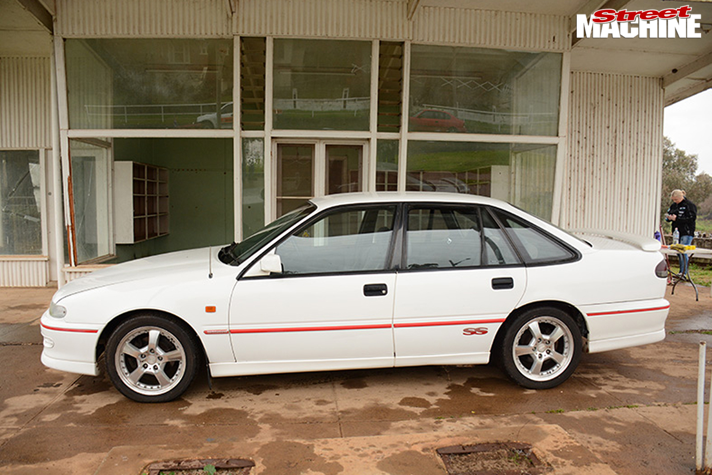 99913-holden -auction