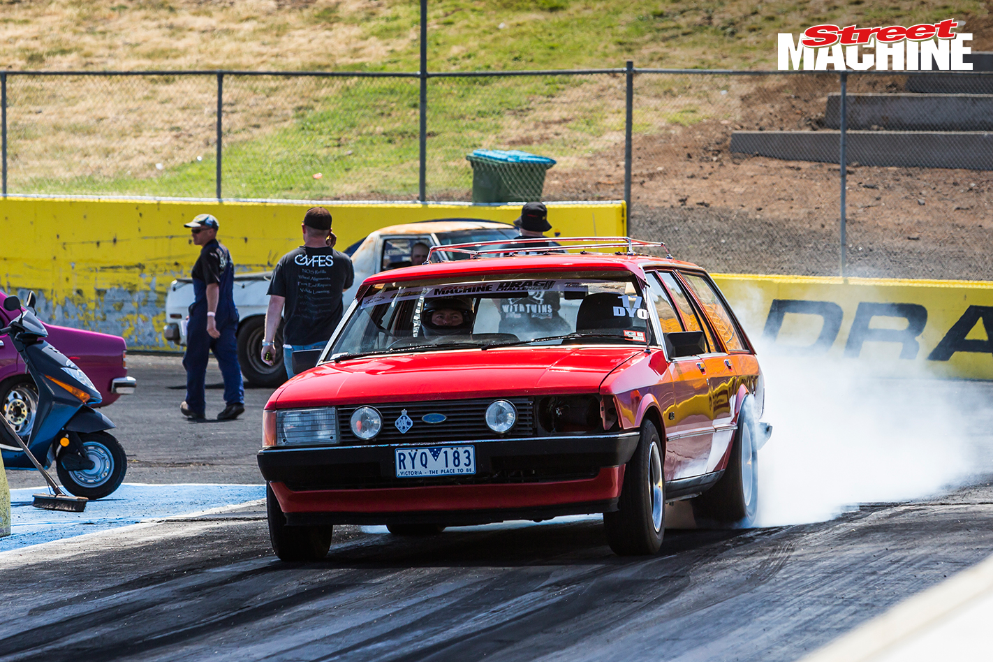 Ford XD Falcon Wagon LS Drag Challenge 1