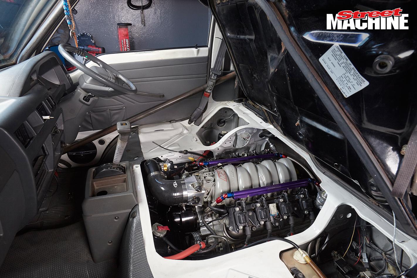 Mitsubishi Van Turbo LS 8