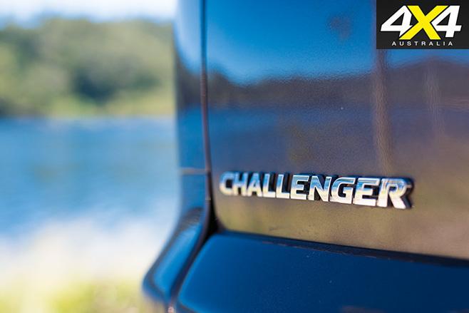 Mitsubishi Challenger badge