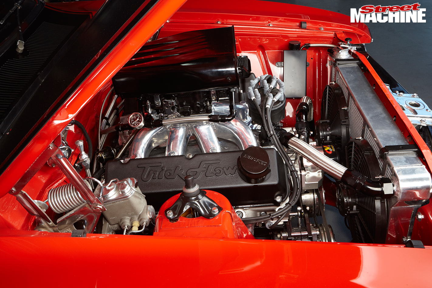 Ford -falcon -xa -engine -bay -2