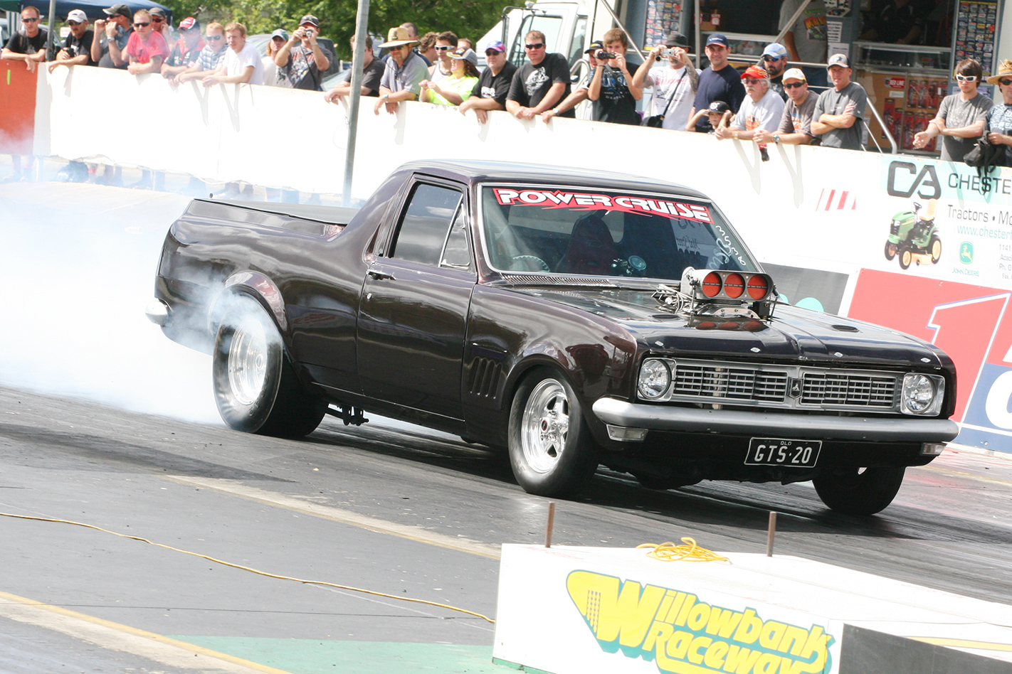 Holden -ute -burnout
