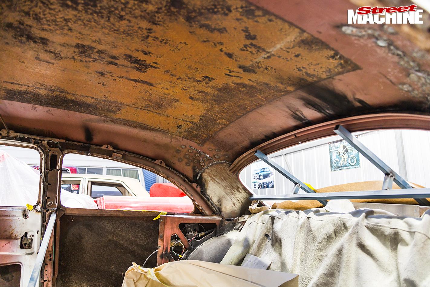 9412-ford -single -spinner -inbuild -roof