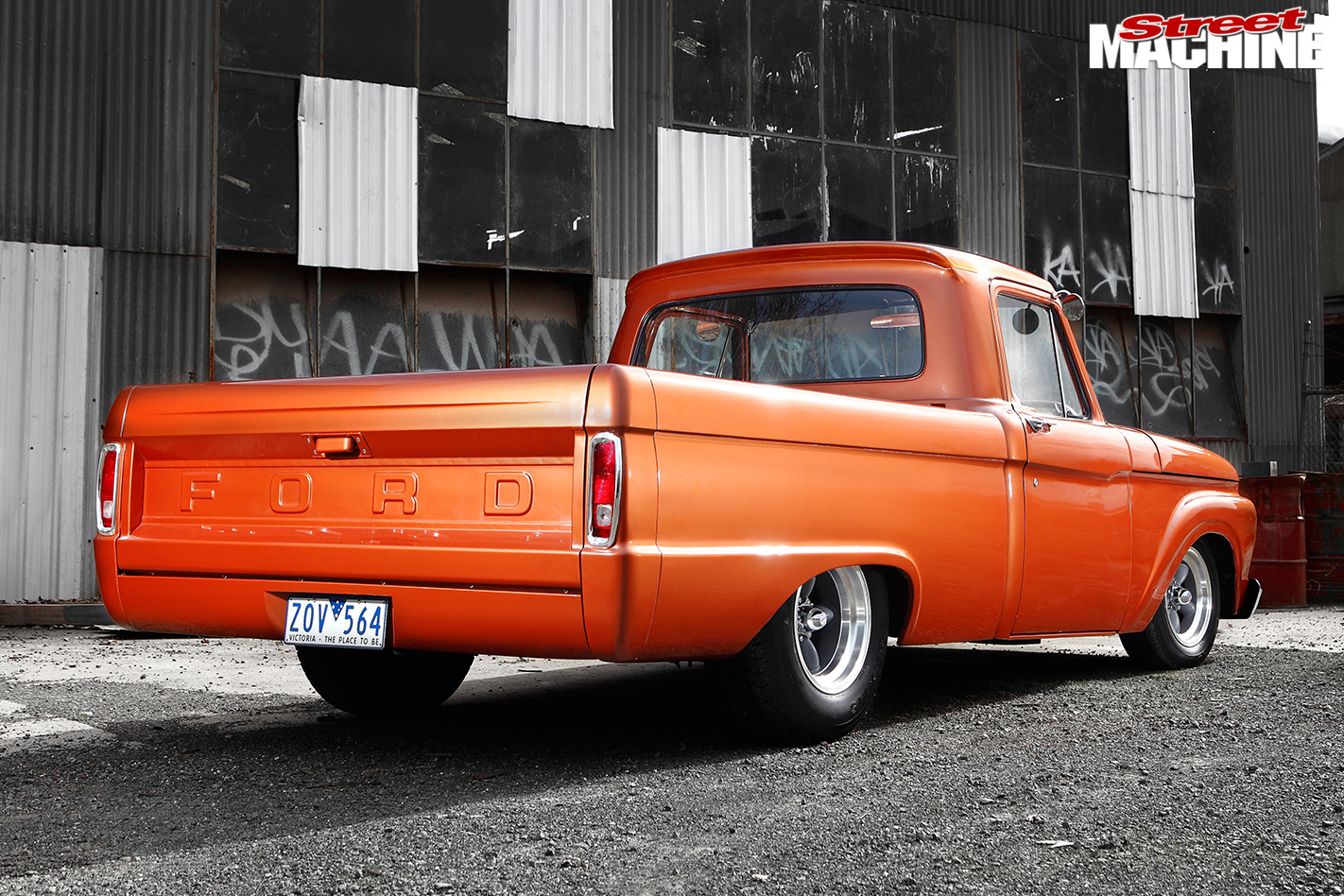 Ford -f 100-rear -angle -2