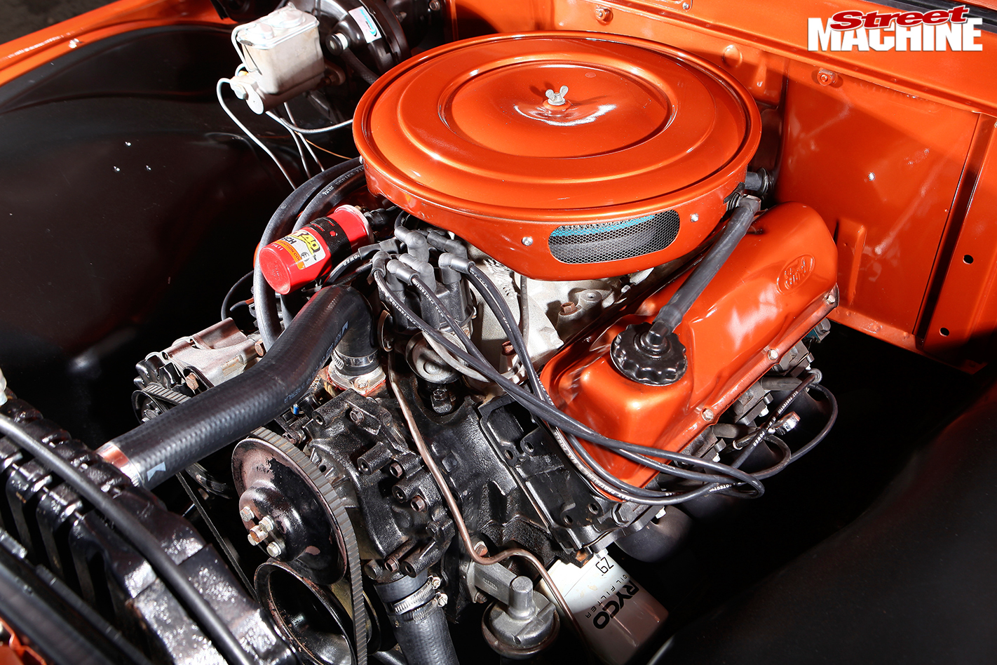 Ford -f 100-engine