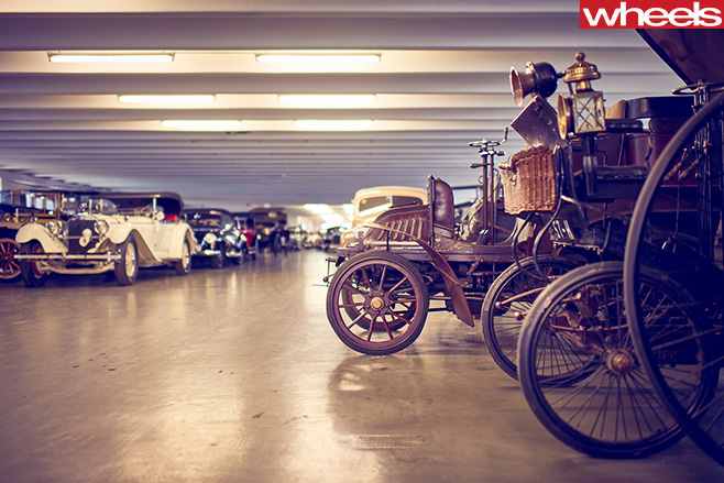 Mercedes -Benz -Classic -Centre -Holly -Halls -vintage -cars