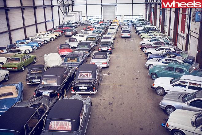 Mercedes -Benz -Classic -Car -Centre -top