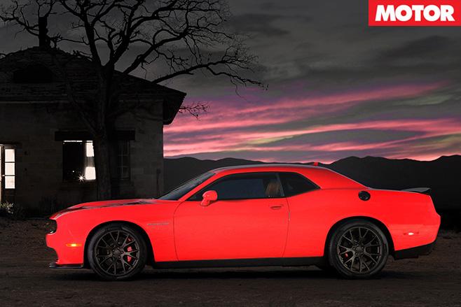 Dodge Challenger SRT side