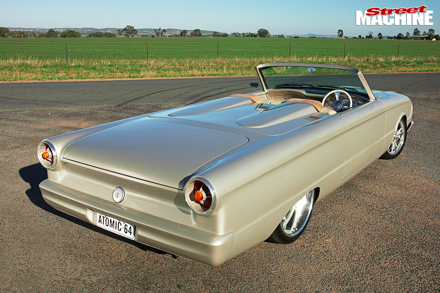 Ford -xm -convertible -rear -angle