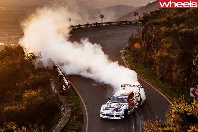 Mazda -RX-8-drifting -down -road
