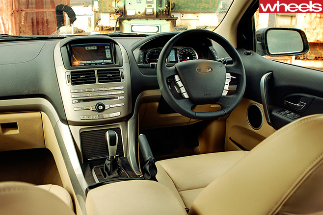 2011-Ford -Territory -interior