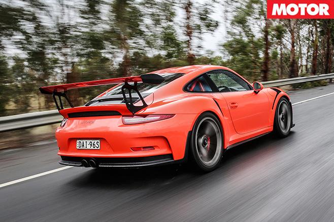 Porsche 911 GT3 RS rear driving