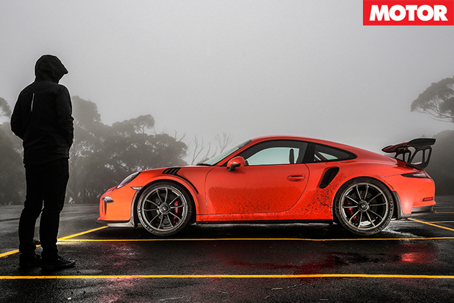 Staring at the porsche gt3 rs