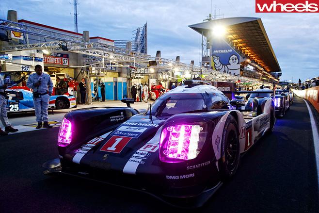 Mark -Webber -WEC-Porsche -race -car