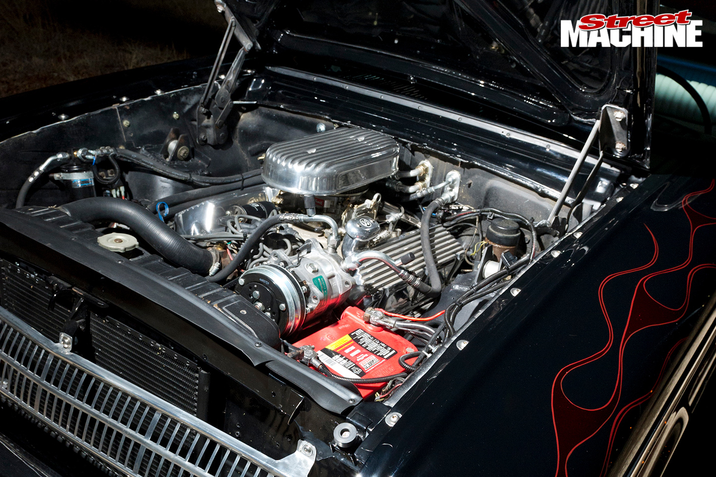 1961-Ford -Falcon -Wagon -engine