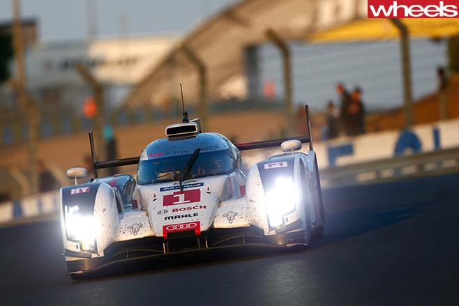 Mark -Webber -Porsche -LMP1-driving