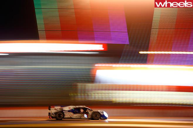 Mark -Webber -Porsche -LMP1-race