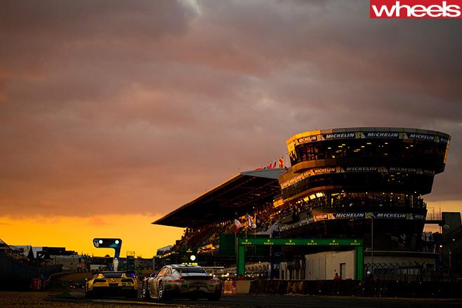 Porsche -team -at -track