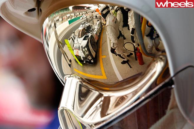 Mark -Webber -racing -helmet -WEC