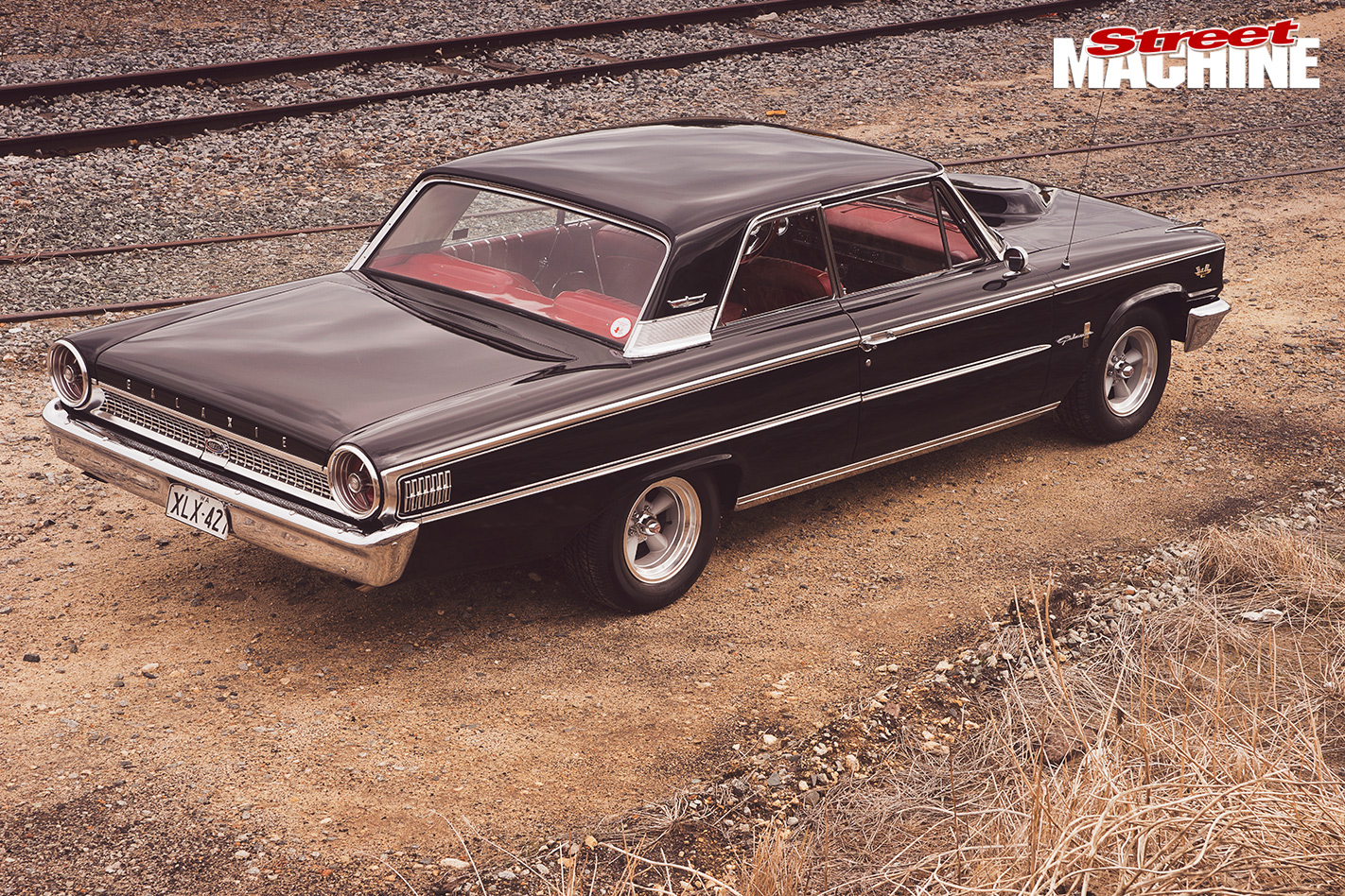 Ford -Galaxie -500XL-back