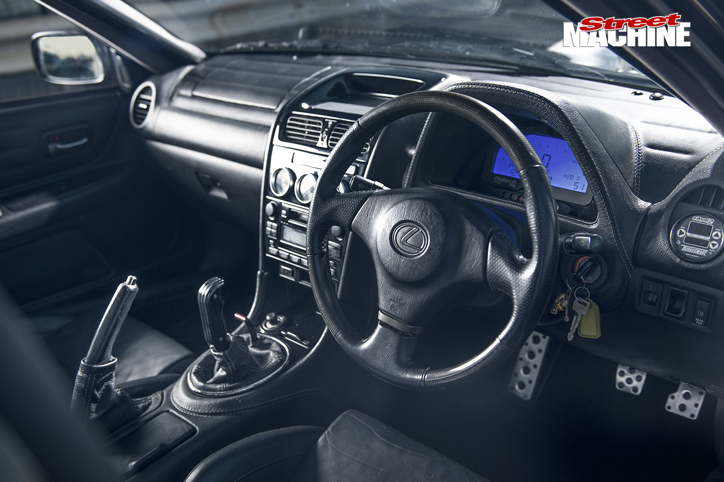 Lexus -IS200-interior