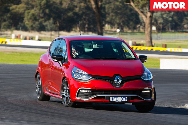Renault sport clio trophy driving