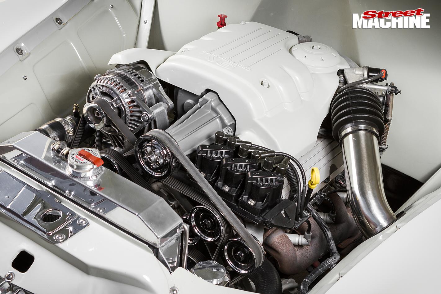 Blown -holden -fx -ute -engine -2