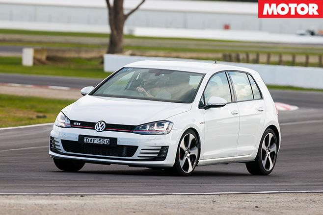Volkswagen golf gti front