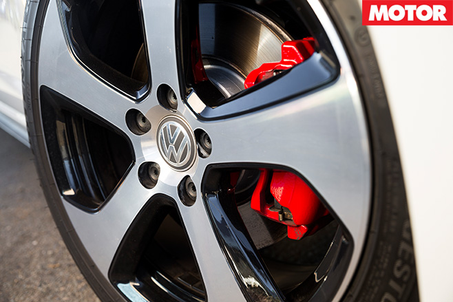 Volkswagen golf gti wheel