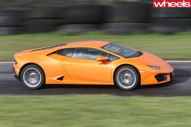 Lamborghini -Huracan -side