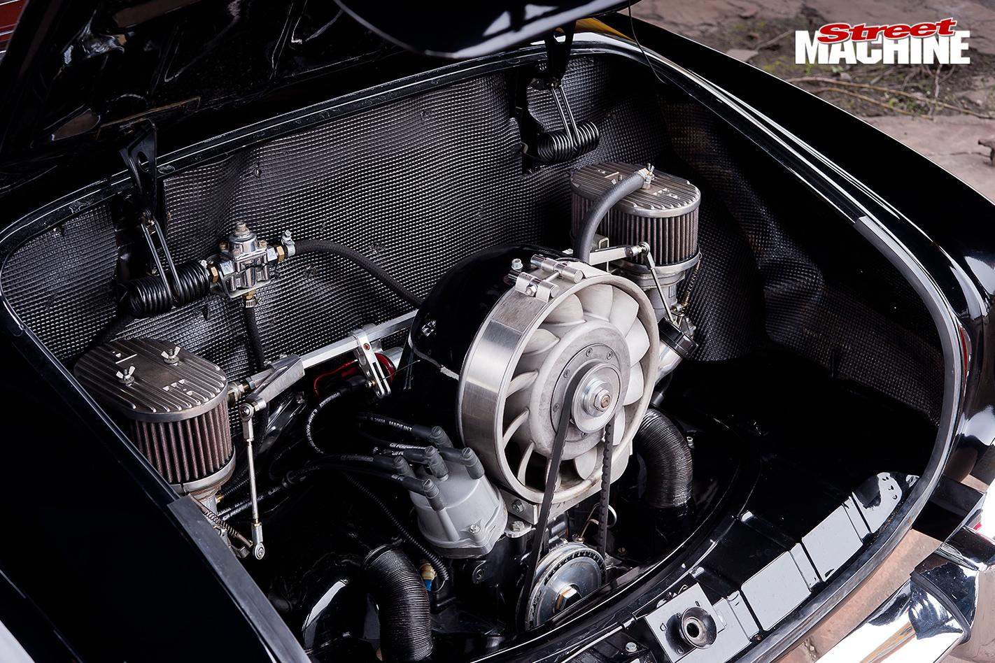 1961-VOLKSWAGEN-KARMANN-GHIA-engine