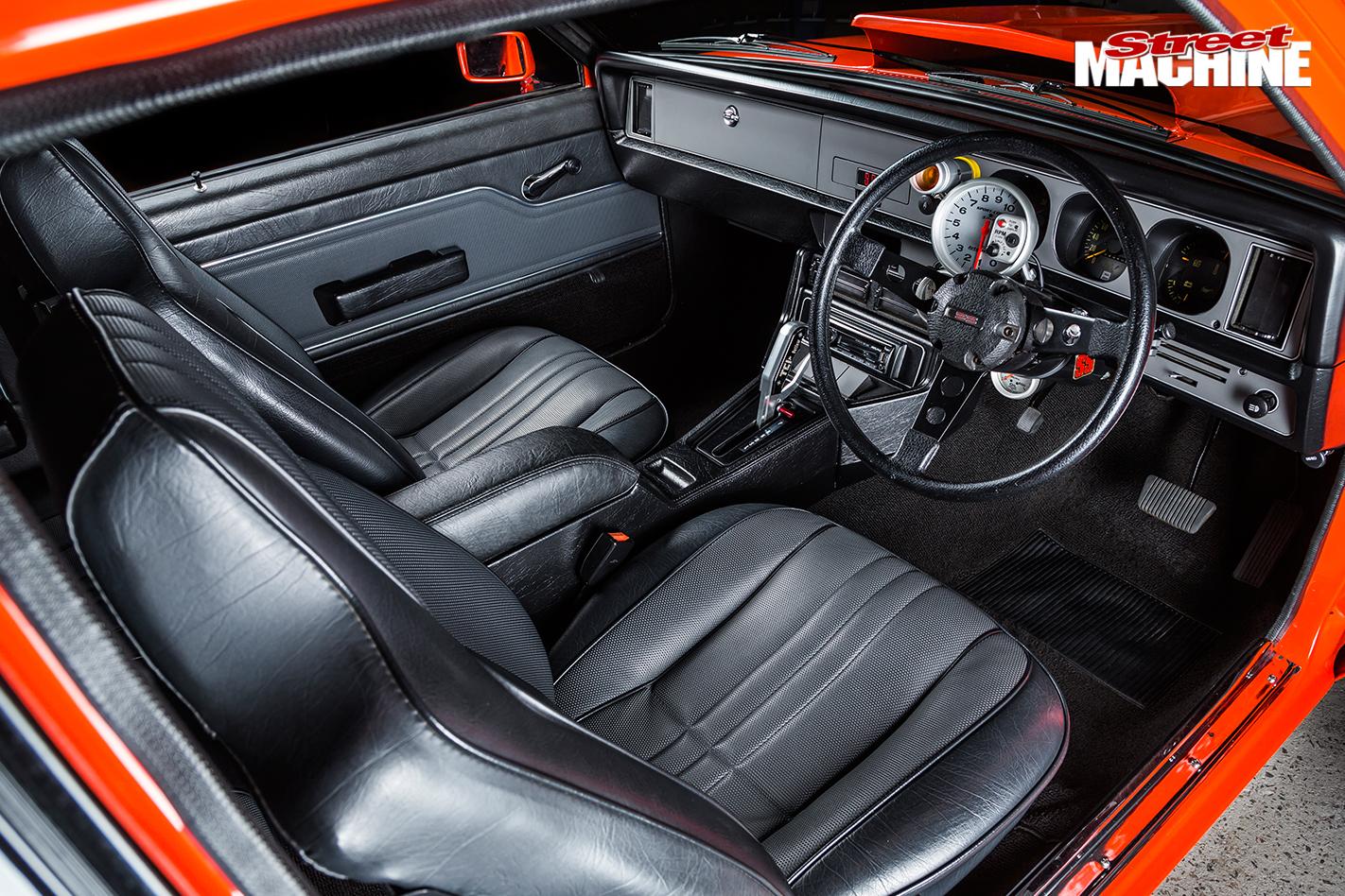 1976-SIX-CYLINDER-HOLDEN-LX-TORANA-HATCH-interior