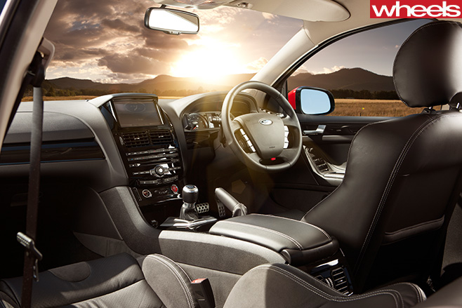 2012-f PV-GT-R-Spec -interior