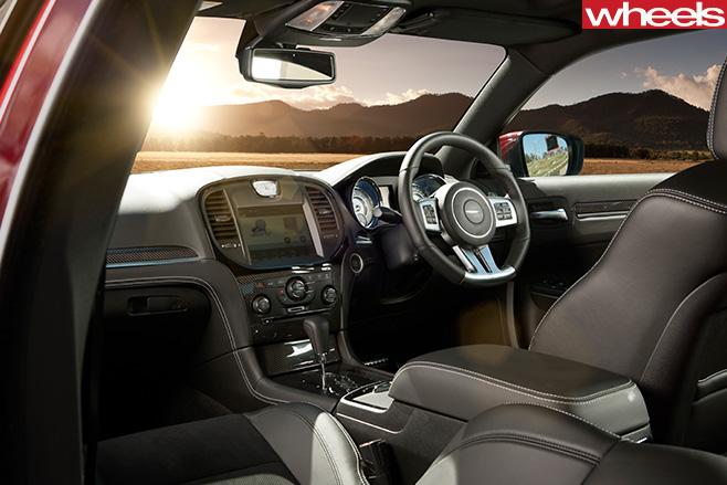 2012-Chrysler -300-SRT-8-interior
