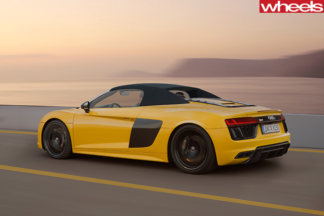 Audi -R8-spyder -rear -roof -up