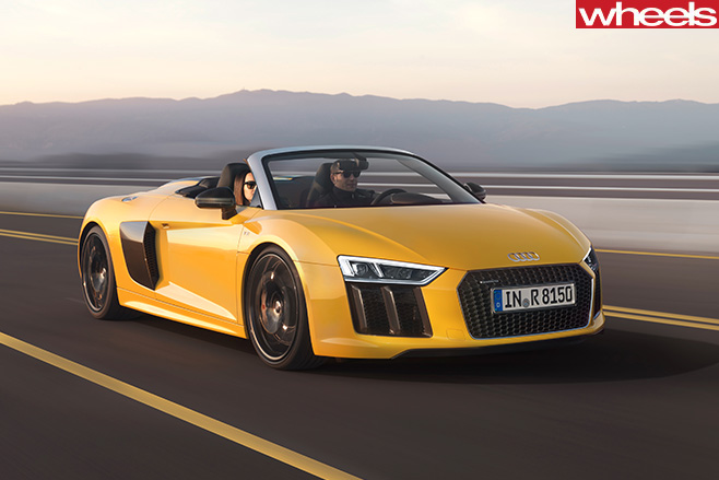 Audi -R8-spyder -drive -front