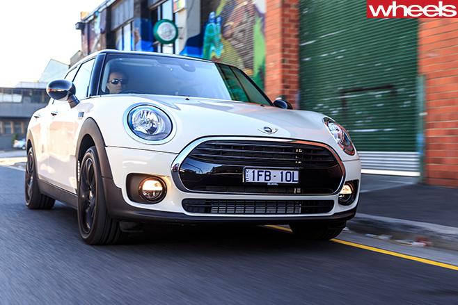 Mini -Clubman -driving -front -comparison -review
