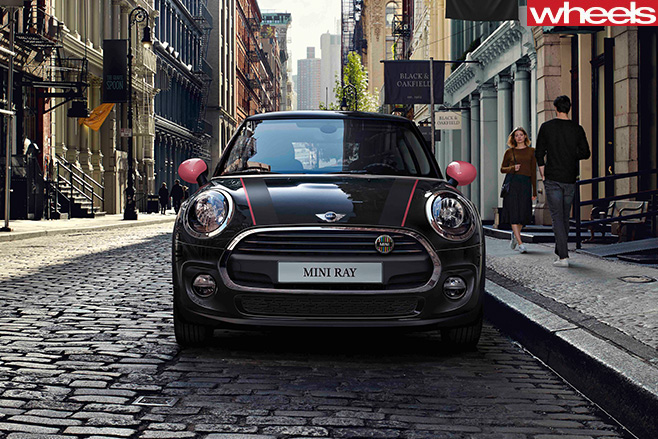 2016-Mini -Ray -Driving -Front -View