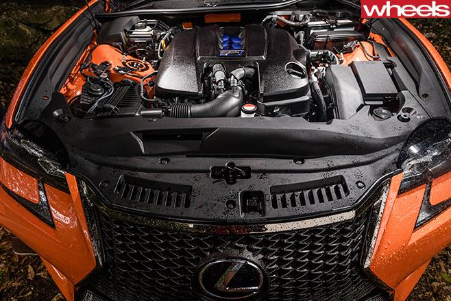 Lexus GS-F Engine Bay