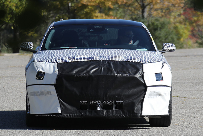 2017-Ford -Mustang -Spy -shot -front