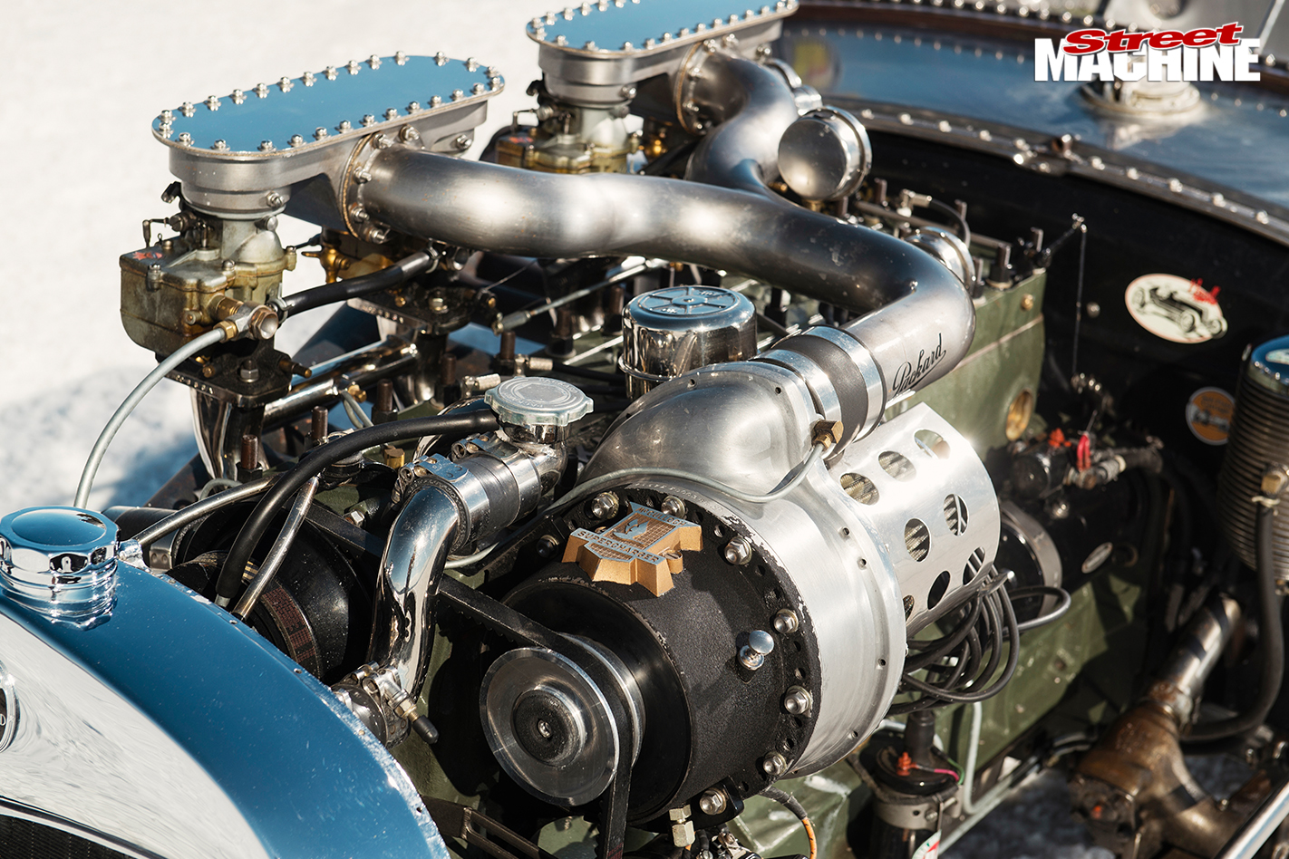 BRIAN-THOMAS'-FORD-MODEL-A-MOD-ROADSTER-engine