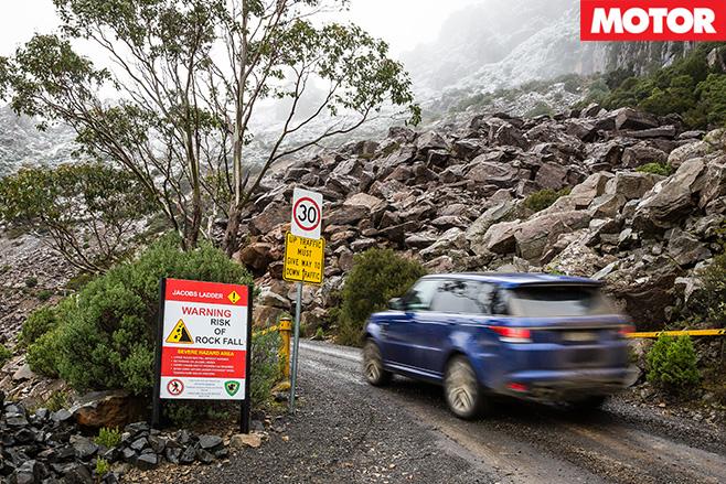 Warning rockfalls